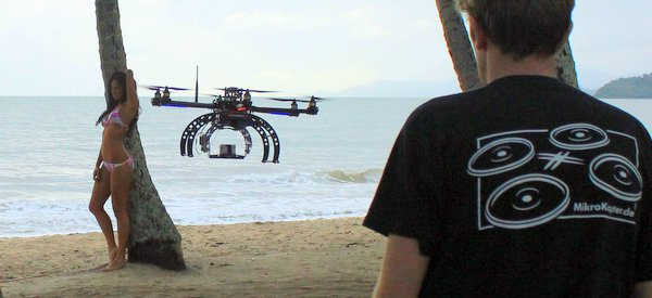 megahex-drone-aerobot-top-model-bikini