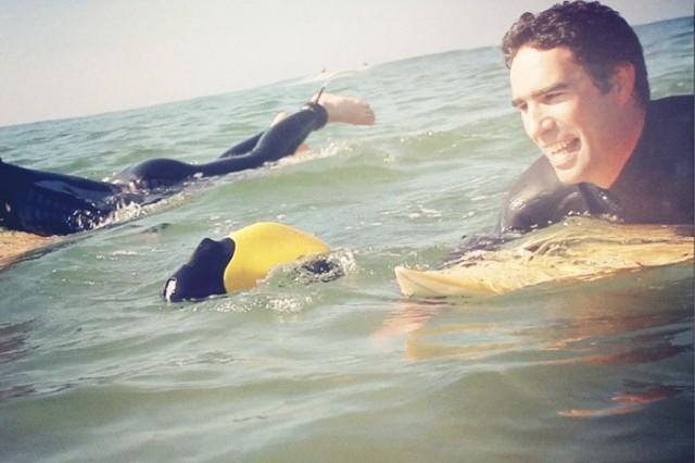 Ziphius filme sous l'eau tout en restant à la surface.  On imagine vite les applications...