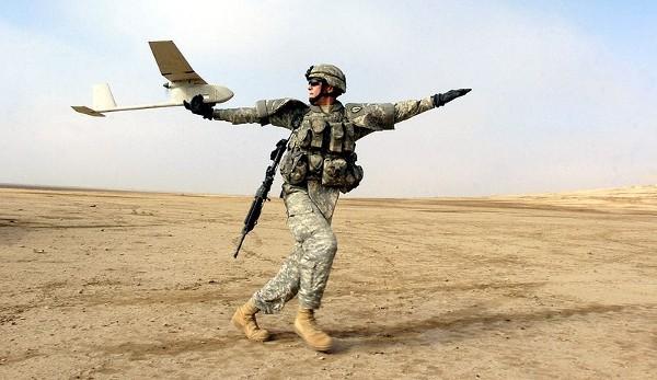 Le Drone militaire Raven pourrait être le premier à expérimenter la technologie de pistage de la société Voxtel.